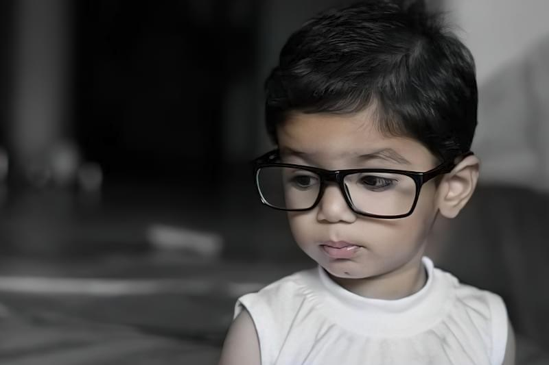 Як розпізнати початок погіршення зору у дитини? 10