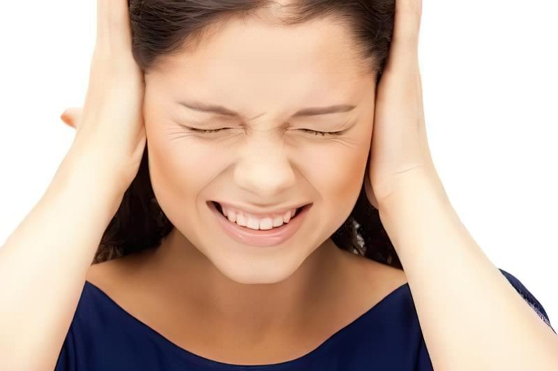 Стріляє у вусі: причини, чим лікувати в домашніх умовах дорослому і дитині 1