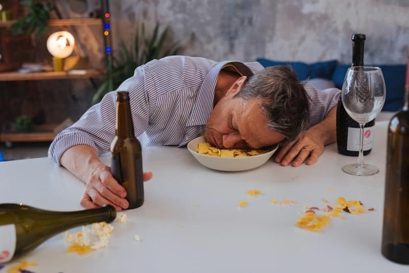 Алкогольне отруєння: що робити 1