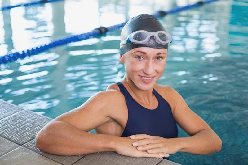 Йдемо в басейн: як захистити шкіру від хлорки 1