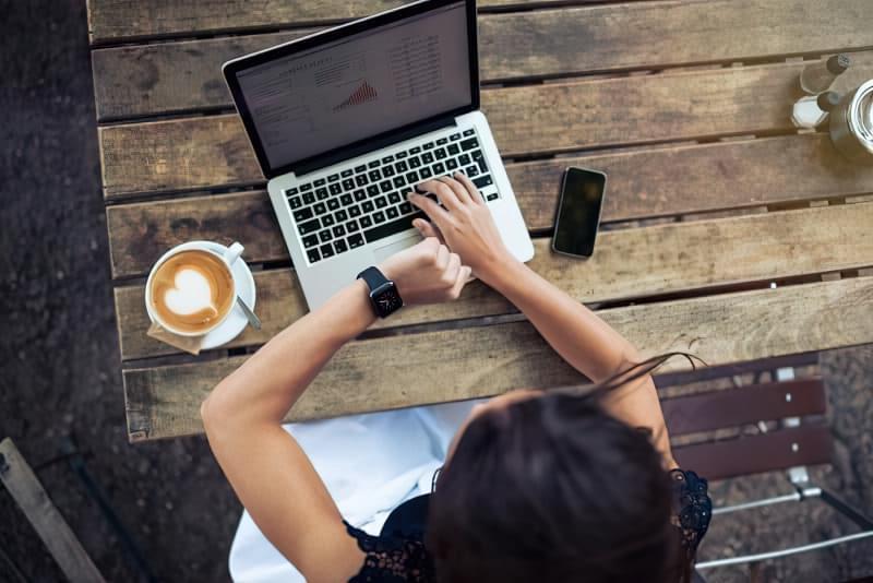 Як перестати відволікатися на телефон: 5 рятівних ідей 2