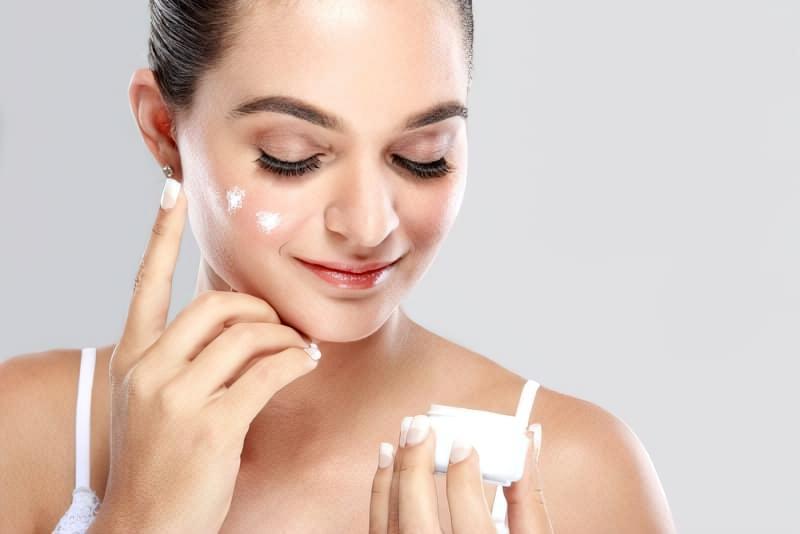 Чому потрібно зволожувати шкіру, навіть якщо вас не турбує зовнішній вигляд 1