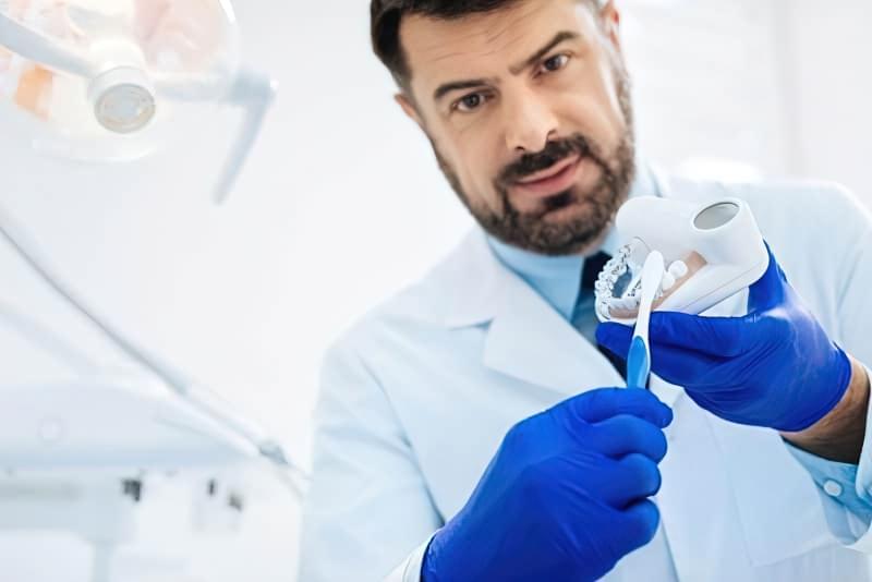 Як правильно чистити зуби? 2