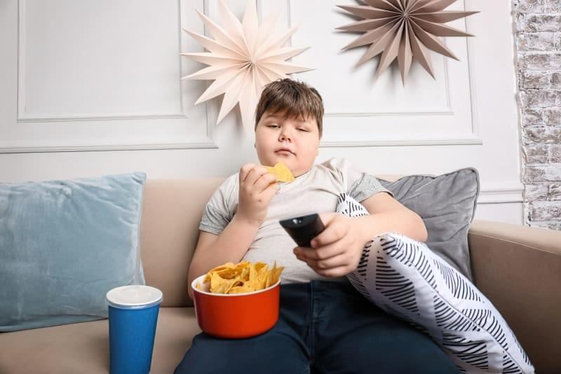 Дитяче ожиріння: чому ваша дитина товстішає? 1