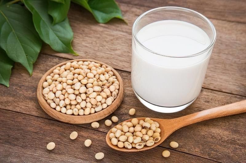 Коров'яче, соєве або мигдальне: яке молоко корисніше? 2