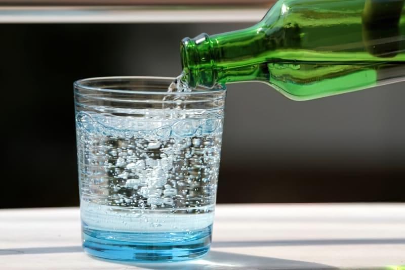 Користь чи шкода: чи варто пити мінеральну воду? 1