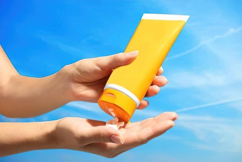 Як правильно захиститися від сонячних променів? 1