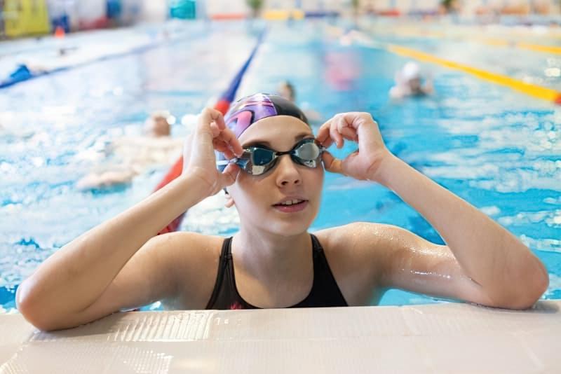Йдемо в басейн: як захистити шкіру від хлорки 3
