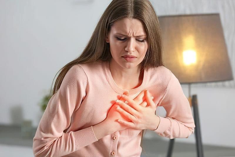 Які серцево-судинні захворювання частіше атакують жінок? 1
