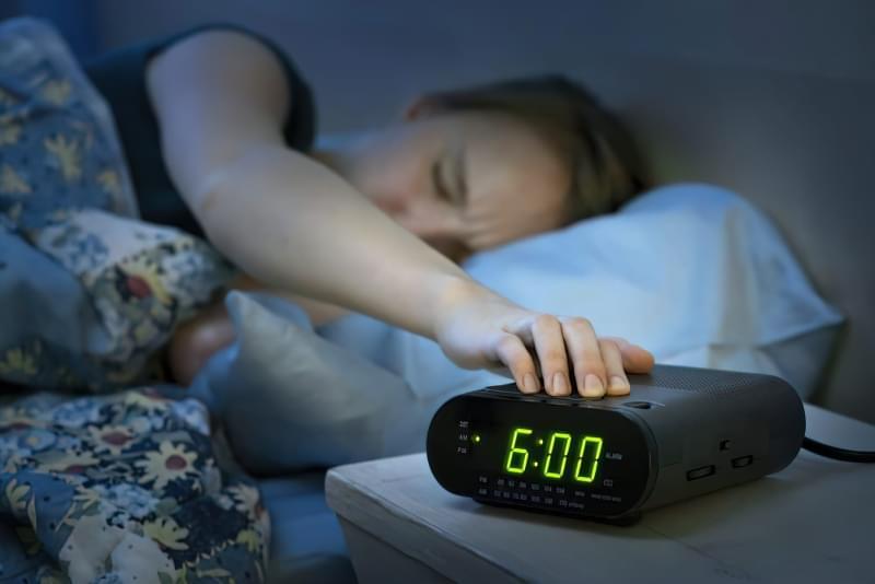 Вчені рекомендують взимку спати довше і приходити на роботу пізніше 1