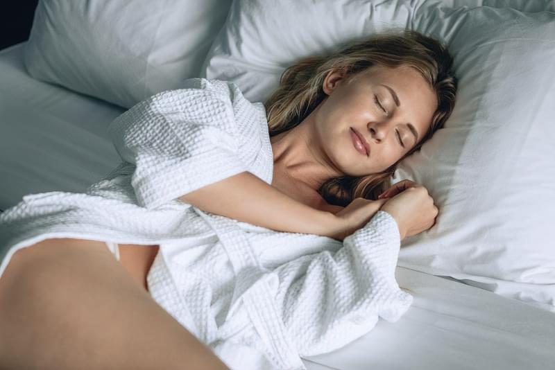 Вчені рекомендують взимку спати довше і приходити на роботу пізніше 3